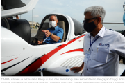 UTHM lancar pesawat latihan akademi penerbangan, dron pertanian